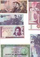 TRES BEAU LOT DE 18 BILLETS ETRANGERS - NEUFS ( IRAQ - COREE DU NORD - ETC ) - Alla Rinfusa - Banconote
