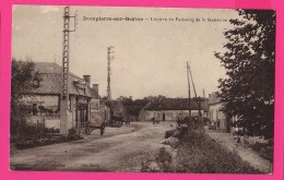 CPA (Réf :Z768) DOMPIERRE-sur-BESBRE (03 ALLIER) L'Entrée Du Faubourg De La Madeleine - France