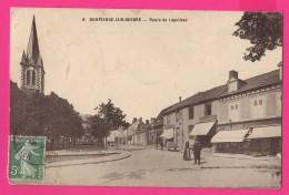 CPA (Réf :Z772) 6. DOMPIERRE-sur-BESBRE (03 ALLIER)  Route De Lapalisse (animée) - France