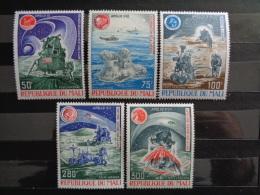 MALI 1973 P.A. Y&T N° 197 à 201 ** - RETROSPECTIVE DE LA CONQUETE DE LA LUNE - Mali (1959-...)