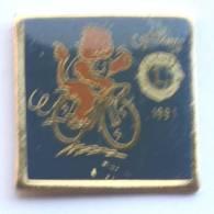 Pin's LIONS CLUB - CYCLOLIONS 1991 - Lion à Bicyclette  - JYC - G1132 - Associations