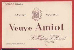 BUVARD / BLOTTER : VEUVE AMIOT  Saumur - Liquor & Beer
