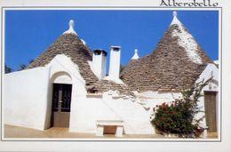 Alberobello - Bari - Città Dei Trulli - 102 - Formato Grande Non Viaggiata – E 4 - Bari