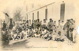 Blida - 1ier Tirailleurs Algériens - A La Soupe - Blida