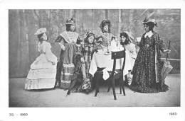 ANTWERPEN - De Vrouwenkleedij Door De Eeuwen Heen.  33. - 1860 - Antwerpen