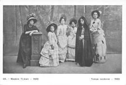 ANTWERPEN - De Vrouwenkleedij Door De Eeuwen Heen.  34. - Modern Tijdvak - 1880 - Antwerpen