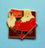 1 PIN'S  //   ** COCA COLA 1931 ** PÈRE NOËL ** . (© 1985 Wilson Marketing The Coca-Cola Company) - Coca-Cola