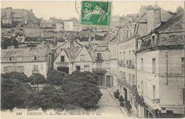 Chinon - La Place De L'Hôtel De Ville - Chinon