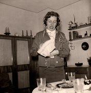 Photo Originale La Femme Aux Cotillons & Déco Intérieure 1960 - Pin-ups