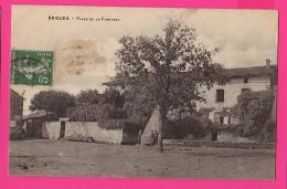 CPA (Réf :Z784) BRIGUEIL Place De La Fontaine(16 CHARENTE) (animée) - France