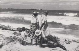 Afrique - Madagascar - Carte-Photo - Vatomandry - Famille Mer Plage - Madagascar