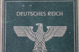 1939 1945   Arbeitsbuch Für Auslander   Serbe Yougouslavie    Fait A Wien  Juillet  1944 - 1939-45