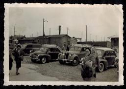 Photo 8.5 X 6 - Le Tréport Automobiles Garées Gare Maritime ? En 1955 --- Del404 - Lieux