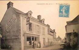 49    FOUGERé   CAFé Du CHAT Qui PRISE  Route De BAUGé  1921   Belle Carte - Other Municipalities