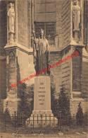 Standbeeld Van Christus Koning - Halle - Halle
