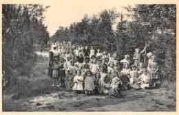 RAVELS - O.L. Vrouw Van De Kempen - Open-lucht-school Voor Zwakke Meisjes - Een Dreef In Het Zes Hectaren Park. - Ravels