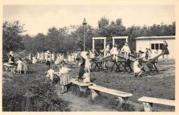 RAVELS - O.L. Vrouw Van De Kempen - Open-lucht-school Voor Zwakke Meisjes - Speelplein Bij Een Der Beschuttingsplaatsen - Ravels