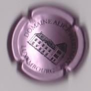 Capsule Mousseux ( Domaine ALICE HARTMANN Luxembourg , Rosé-violacé Et Noir ) {S03-18} - Sparkling Wine