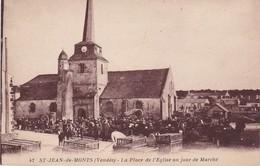 SAINT-JEAN-de-MONTS - La Place De L'Eglise Un Jour De Marché - TBE - Saint Jean De Monts