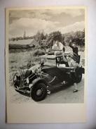 Carte Postale Photographie - Robert Doisneau - Voiture Du Week-end 1945 ( Noir Et Blanc Non Circulée ) - Fotografía