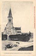 CPA 86 ST GEORGES LES BAILLARGEAUX LA PLACE DE L EGLISE - Saint Georges Les Baillargeaux