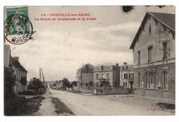 50 MANCHE - DONVILLE LES BAINS La Route De Coutances Et La Poste - France