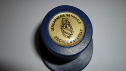 BOUCHONS A CHAMPAGNE  BOUCHON BULLE HERMETIQUE  CHAMPAGNE GENDARMERIE NATIONALE  EPERNAY ****    A  SAISIR  ***** - Autres Collections