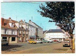 91..ANGERVILLE-1993  LA  PLACE + RENAULT  R8 GORDINI  HOTEL  DE FRANCE    TTBE - Angerville