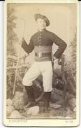 Chasseur Alpin à Nice C.1870 Photo Cdv 23e Bataillon Chasseurs H.griottier Avec Canne De Marche En Montagne - Guerre, Militaire