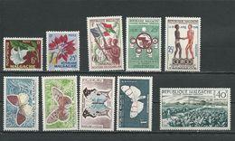 MADAGASCAR  Voir Détail (10) ** Et * Cote 8,60 $ 1960 - Madagascar (1960-...)