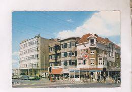 CPM OOSDUINKERKE, PLACE REINE ASTRID En 1969! (voir Timbres) - Oostduinkerke