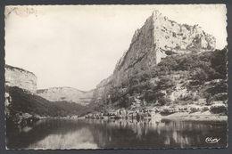 Gorges De L'Ardèche - La Madeleine - Voir 2 Scans - Unclassified