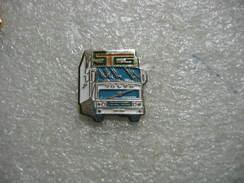 Pin's Camion Des Transports STG (Sté Transports Gautier) - Transportation