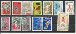 MADAGASCAR  Voir Détail (13) ** Cote 10,00 $ 1966 - Madagascar (1960-...)