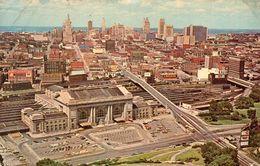 Cpsm 1970, Gare UNION STATION An Skyline,  Timbre Via Air Mail 13c (52.40) - Kansas City – Missouri