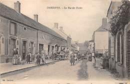 45 - LOIRET / Dordives - 452643 - Rue Des Ecoles - Beau Cliché Animé - Dordives
