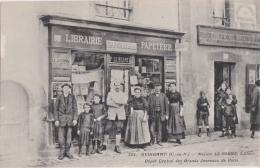Bl - Rare Cpa GUINGAMP - Maison Le Berre, Editeur - Dépôt Central Des Grands Journaux De Paris - Guingamp