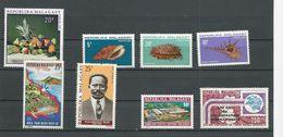 MADAGASCAR  Scott 446, 447-449, 458, 454, C97, C133 Yvert 476, 477-9, 490, 486, PA114, PA143 (8) ** Cote 10,50$ 1970-74 - Madagascar (1960-...)