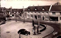 Calvados - Martilly Près Vire - Place St Martin Et L'Hôtel St Martin - France
