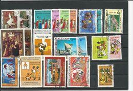 MADAGASCAR  Voir Détail (21) O Cote 6,50 $ 1974-78 - Madagascar (1960-...)