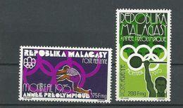 MADAGASCAR  Scott C147-C148 Yvert PA158-PA159 (2) ** Cote 3,75 $ 1975 - Madagascar (1960-...)