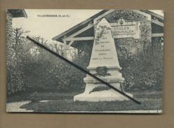 CPA  -  Villecresnes  - ( S.-et-O.) - Monument , écoles Communales - Villecresnes