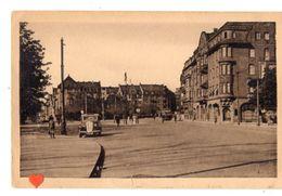 37733-ZE-57-THIONVILLE-Place De La République-----------animéeèvoiture-tramway - Thionville