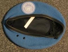 Béret De Casque Bleu Autrichien De L'ONU - Copricapi