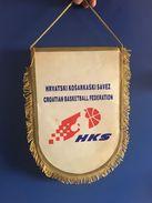 BASKETBALL CROATIA  OFFICIAL  PENNANT 32 X 21 Cm - Sports