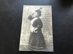 179/5 LES CHANSONS Chanson Du Regiment (Mlle ROIBET Femme Soldat) Cabaret Paris - Silhouettes