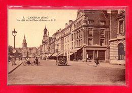 59-CPA CAMBRAI - UN COTE DE LA PLACE D'ARMES - France