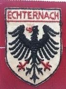 """ECHTERNACH   ( Luxembourg )""""ancien écusson  En Tissu  Brodé Année 60/70. - Ecussons Tissu"""