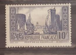 N° 261 PORT DE LA ROCHELLE  NEUF AVEC CHARNIERE - France