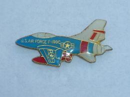 Pin's AVION 008 - Airplanes